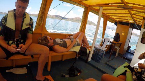 コロン島へ向かう乗合ボート