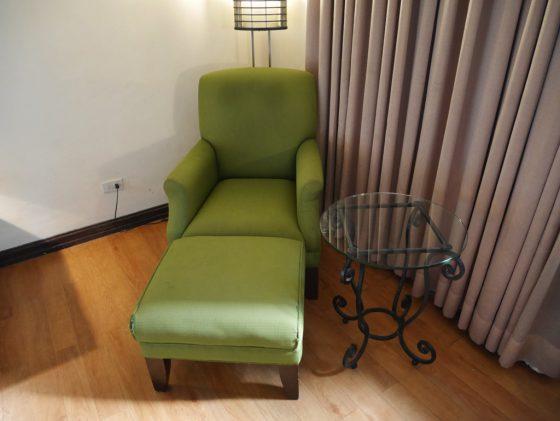 パールガーデンホテル マニラ の客室一人がけソファ
