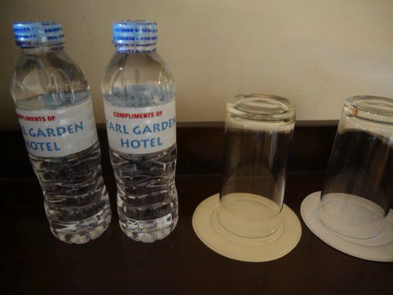パールガーデンホテル マニラ の客室の無料ドリンク