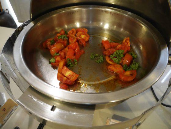 パールガーデンホテル マニラ 2Fレストラン 朝食ビュッフェ トマト