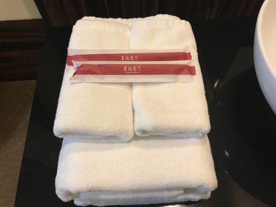 かりゆしLCHホテル 客室 タオルと歯ブラシ