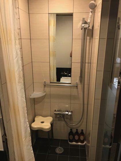 かりゆしLCHホテル シャワー室
