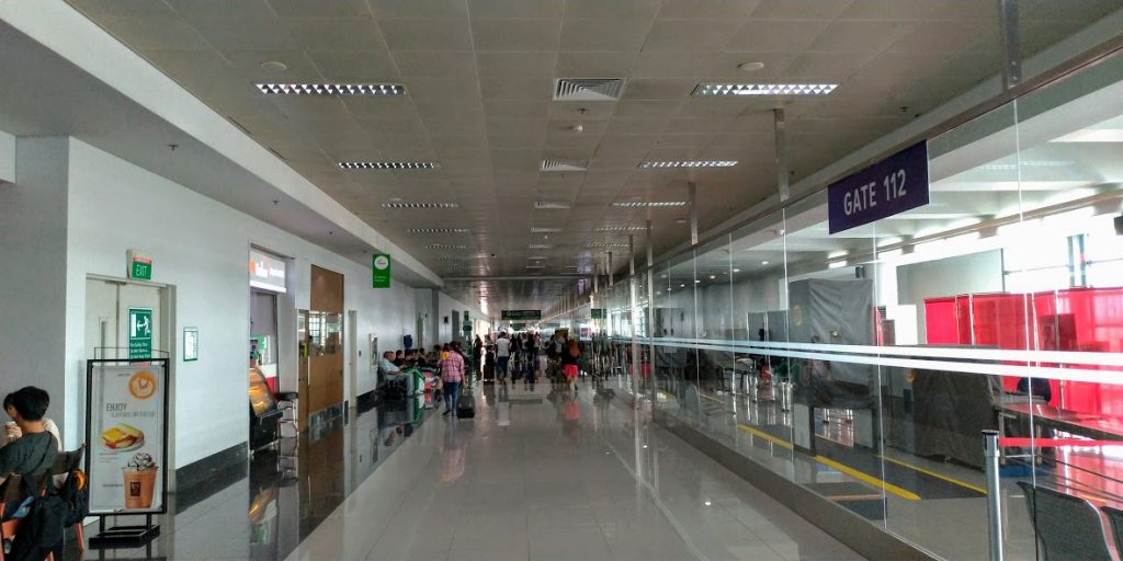 マニラ空港ターミナル3 国際線ゲート112番前