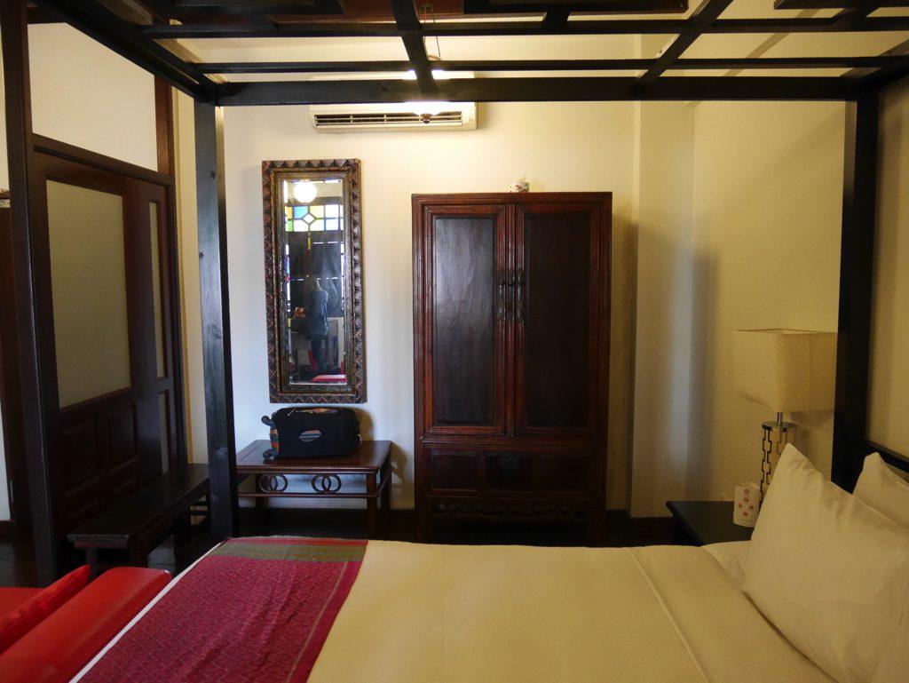 ペナン島ジョージタウンのホテル・ペナガ客室のベッド