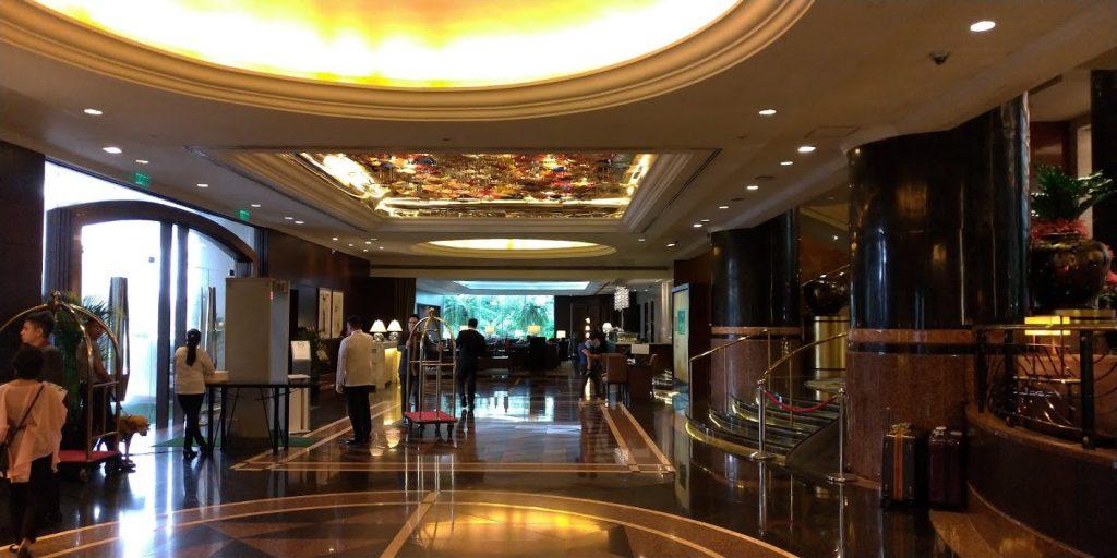 マニラ ダイヤモンドホテル正面玄関