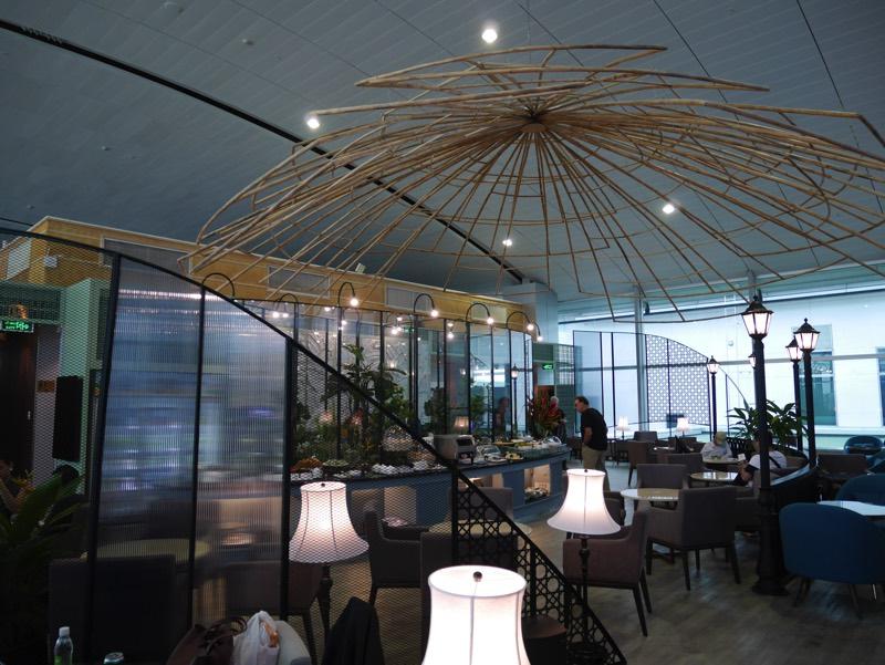 ホーチミン・タンソンニャット国際空港「ル・サイゴンネイズラウンジ」(ラウンジ全景)