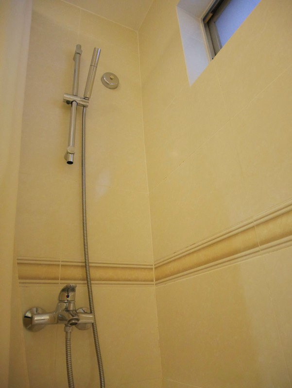 ノーフォークホテルのシャワールーム