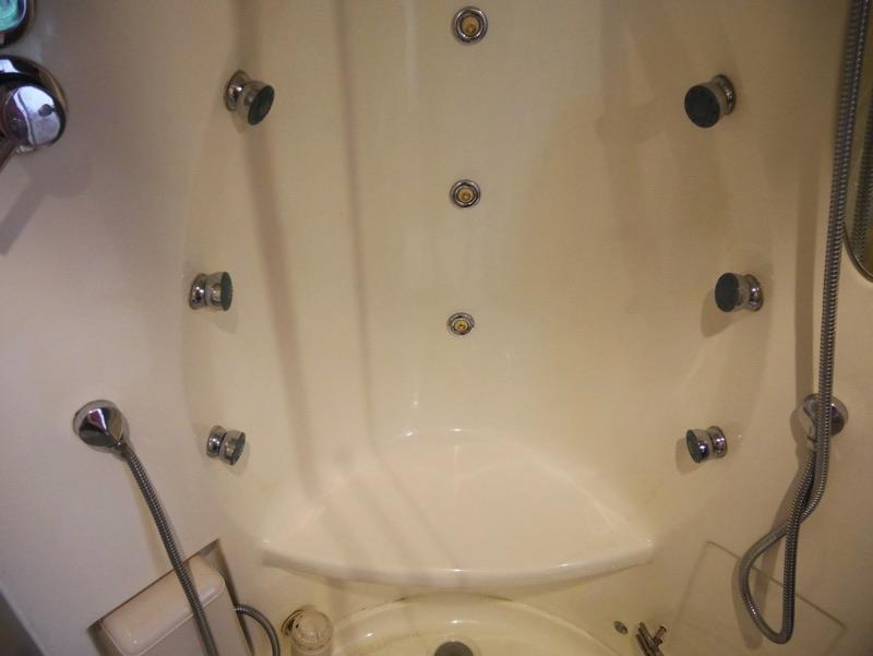ビクトリーホテルサイゴン (シャワールーム)