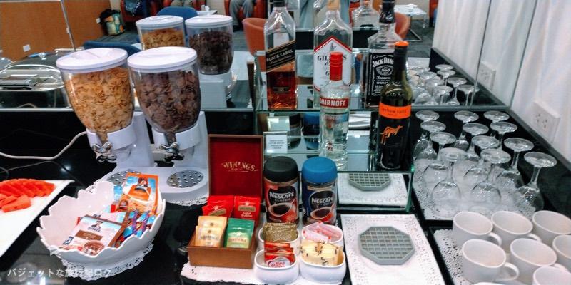 マニラ空港ターミナル3パシフィックラウンジのアルコール類
