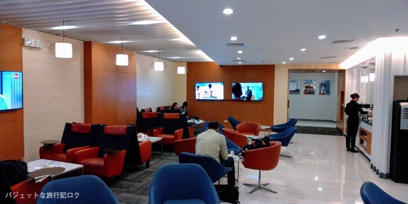 マニラ空港ターミナル3パシフィックラウンジ風景