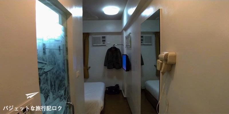 レッドプラネットホテルマビニ 客室 入り口付近から