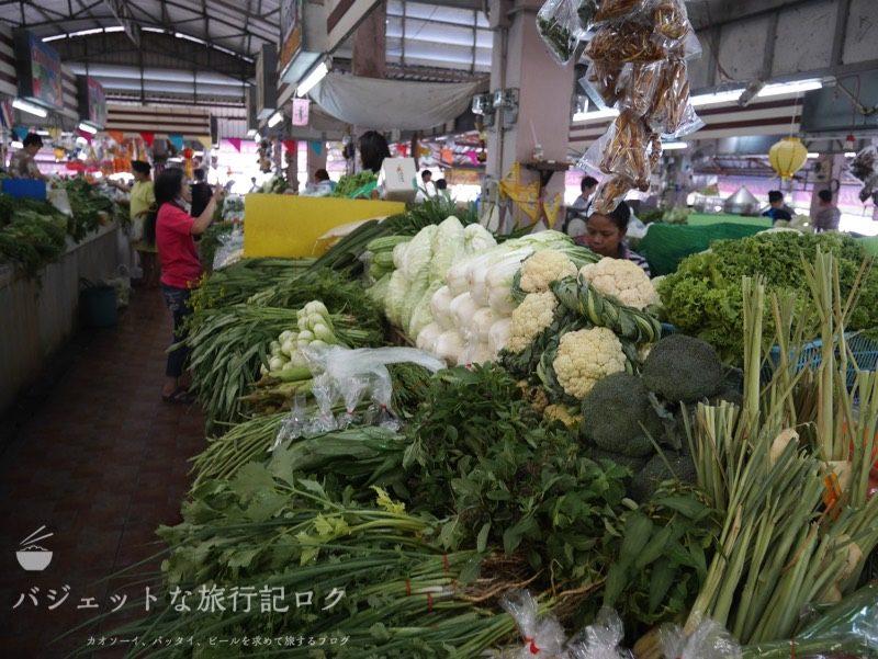 チェンマイ料理教室(チェンマイの台所:市場徘徊、野菜たち)