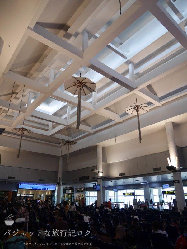 チェンマイ国際空港の搭乗口