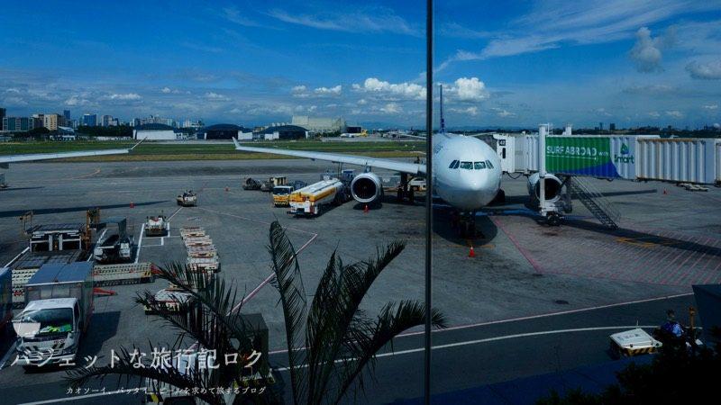 フィリピン航空から香港へ(2016年搭乗時の写真)