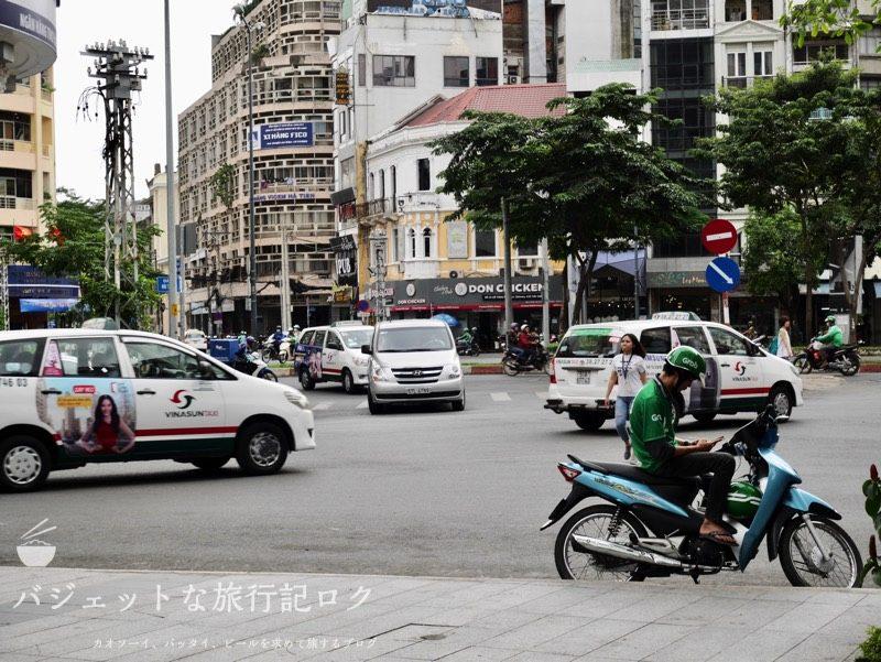 ベトナム・ホーチミンシティ1区のサイゴンプリンスホテル(ホテル周辺の街並み)