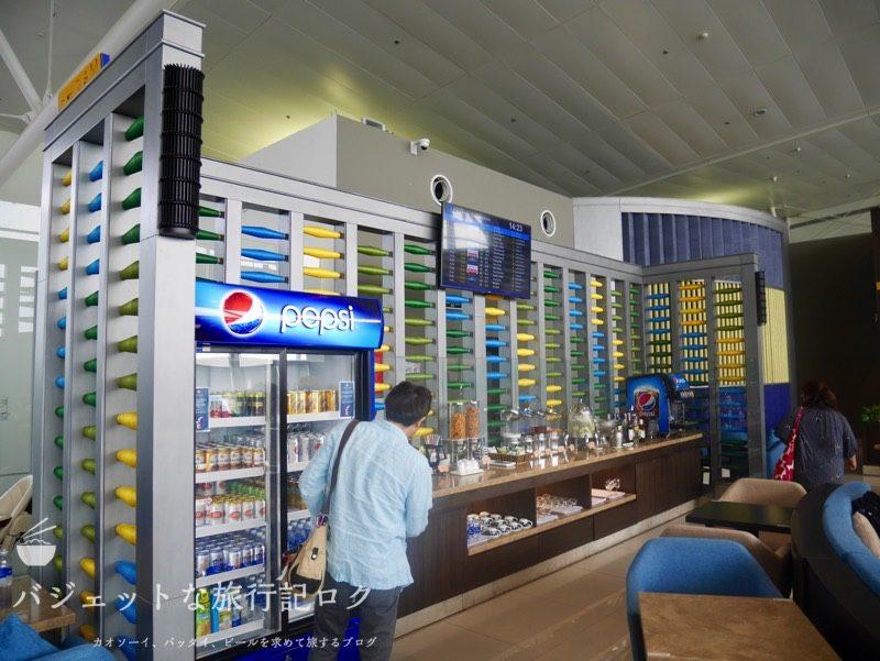 ハノイ・ノイバイ国際空港のプライオリティパスで入れるソン・ホン・ビジネス・ラウンジ(ドリンクスペース)