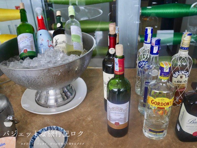 ハノイ・ノイバイ国際空港のプライオリティパスで入れるソン・ホン・ビジネス・ラウンジ(ワイン、スピリッツ、リキュール)