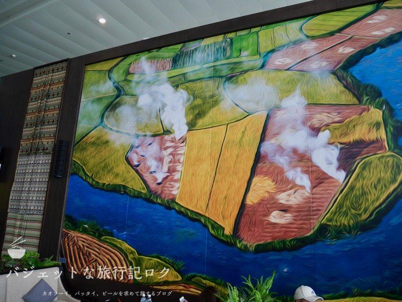 ハノイ・ノイバイ国際空港のプライオリティパスで入れるソン・ホン・ビジネス・ラウンジ(壁際のアート)