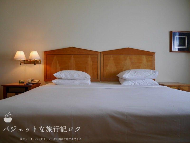 ベトナム・ホーチミンシティ1区のサイゴンプリンスホテル(客室のダブルベッド)