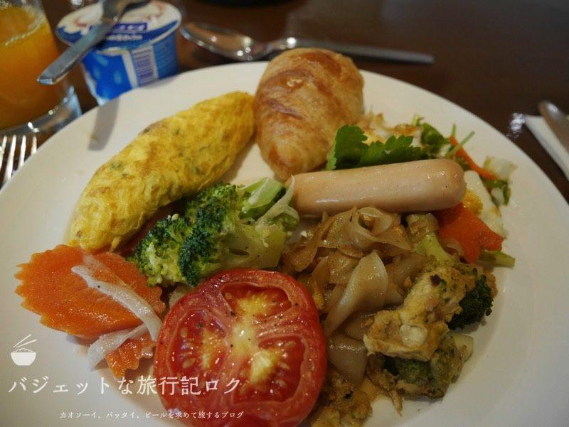 男子女子兼用、チェンマイひとり旅。デュシタニ 系列の朝食