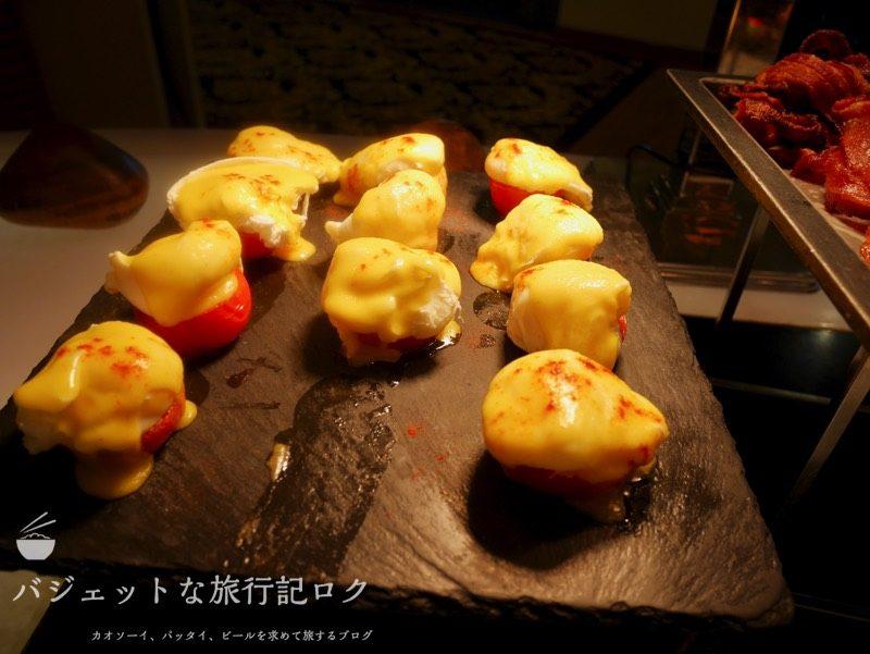 デュシタニマニラ・クラブラウンジ(トマトのチーズ焼き)