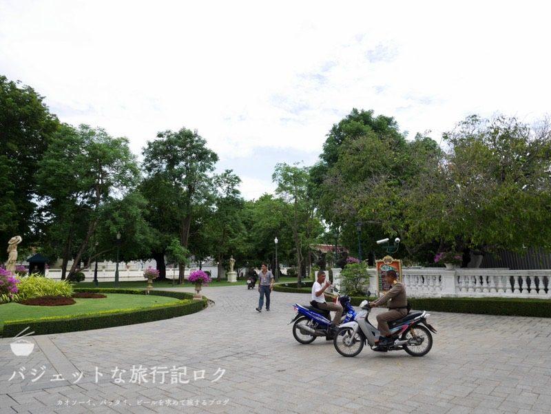 世界遺産アユタヤ観光のバーンパイン宮殿(邸内)