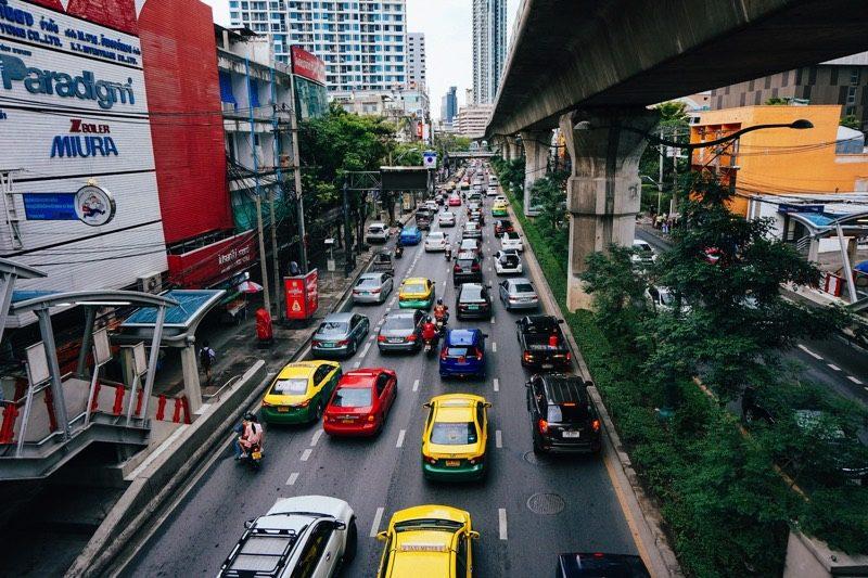 バンコクからアユタヤにはタクシーでいけるけどベテランさん向け。