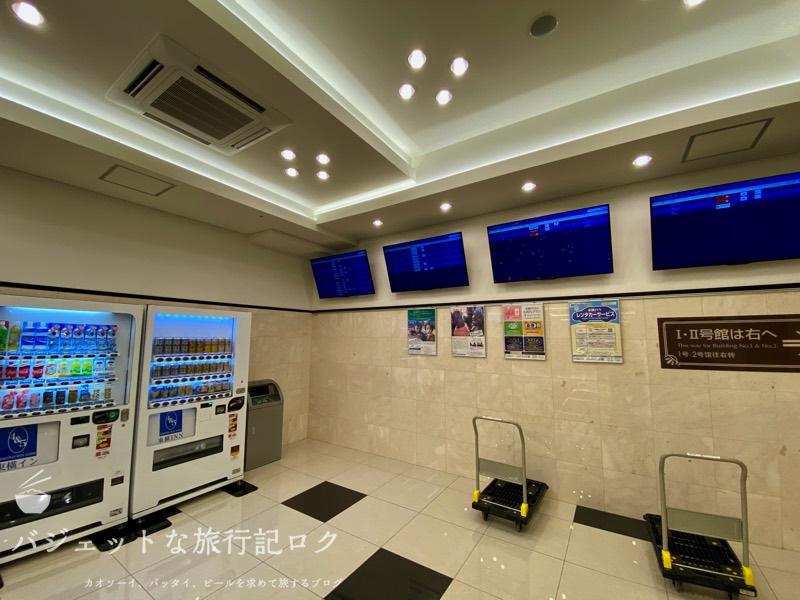 東横イン成田空港新館の宿泊記(1Fエレベーター付近)
