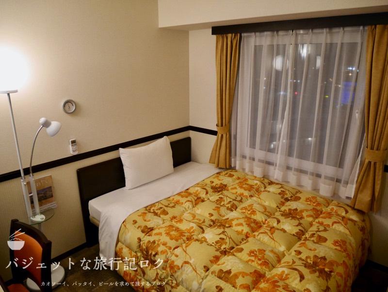 東横イン成田空港新館の宿泊記(客室ベッド)