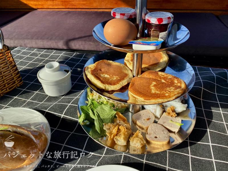 サイゴン川クルーズなら朝食からディナーまで(見た目は結構アメリカンなブレックファースト)