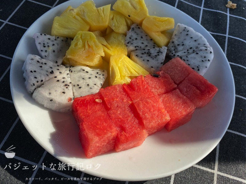 サイゴン川クルーズなら朝食からディナーまで(食後のデザートはフルーツ)