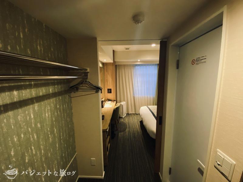 【宿泊記】ホテル・トリフィート那覇旭橋(部屋に入室したところ)