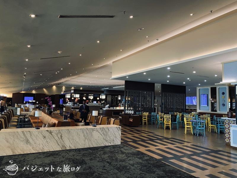 クアラルンプール国際空港・マレーシア航空サテライト側ビジネスクラス・ゴールデンラウンジ(ダイニングエリア)