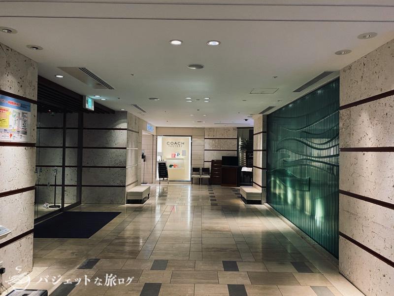 国際通り沿いにあるホテルJALシティ那覇の宿泊記(エントランス付近)