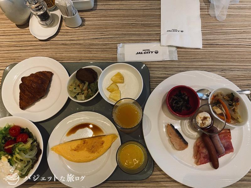 国際通り沿いにあるホテルJALシティ那覇の宿泊記(この日の朝食は野菜中心に軽めに)