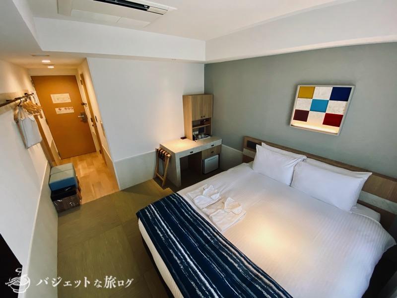 沖縄逸の彩 温泉リゾートホテルのブログ宿泊記レビュー(客室の部屋風景)