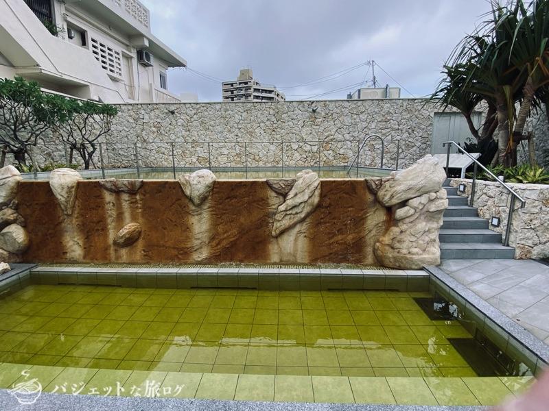 沖縄逸の彩 温泉リゾートホテルのブログ宿泊記レビュー(水着着用で入れる温泉)