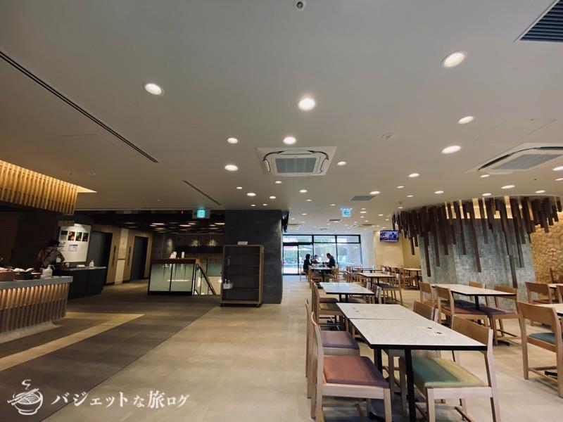 沖縄逸の彩 温泉リゾートホテルのブログ宿泊記レビュー(2階ダイニングエリア)