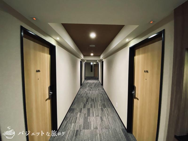 アルモントホテル那覇県庁前の宿泊記・ブログレビュー(館内廊下)