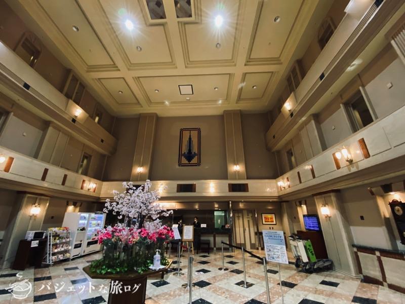 新千歳空港「エアターミナルホテル」ブログレビュー(天井が高いホテルフロント)