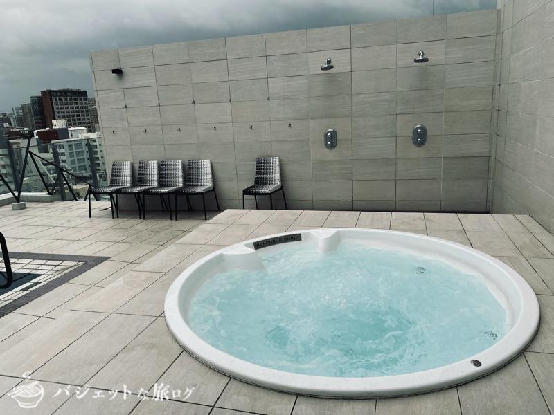 ブログ・口コミレビュー「ホテルアクアチッタナハ by WBF」(屋上にあるジャグジー)